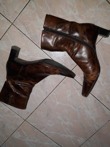 Kratke kozne simi cizme,ocuvane - Smederevo