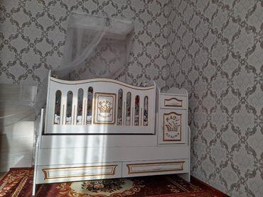 Детский мир - Кара-Кульджа: Тройка Манеж детский Детская кроватка Маленький шкафчик На фото в