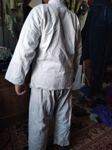 Продаю кимоно для каратэ на 12, 13 лет, 170 см, 600 сом!