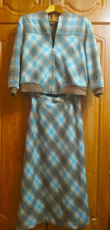 Женский костюм теплый в идеальном состоянии. в Бишкек