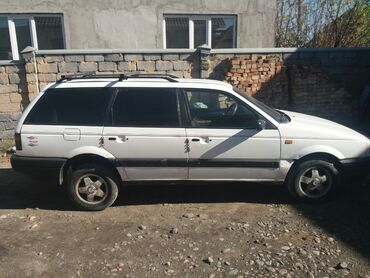 alfa romeo spider 18 mt в Кыргызстан: Volkswagen Passat Variant 1.8 л. 1992 | 234567 км
