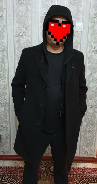мужские вещи в Кыргызстан: Пальто мужское в идеальном состоянии размер М, качественное, смотрится