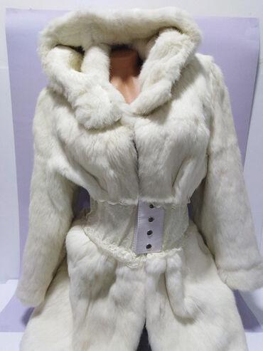 ITALY vrhunska bunda od prirodnog finog,mekog,postojanog i gustog