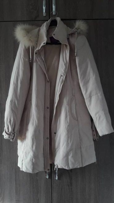 Куртка с капюшоном 300 сом. размер 48-50