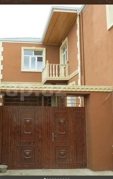 Xırdalan şəhərində Xirdalanda màrkàzdà 2 màrtàbàli 4 otaqli tàmirli  hàyat evi