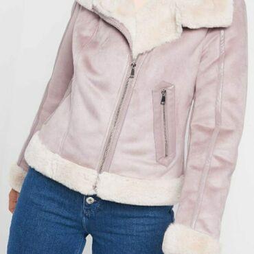 Ženska odeća - Beograd: Snizeno !!! Orsay jakna- kratki monton u ljubicastoj boji. Uzivo je