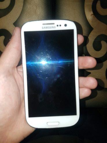 Samsung  Galaxy  S3  сост хорошое. всё работает отлично в Бишкек