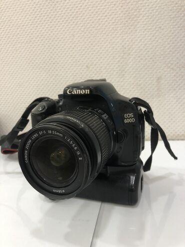 Canon 600D  Без зарядки без нечего