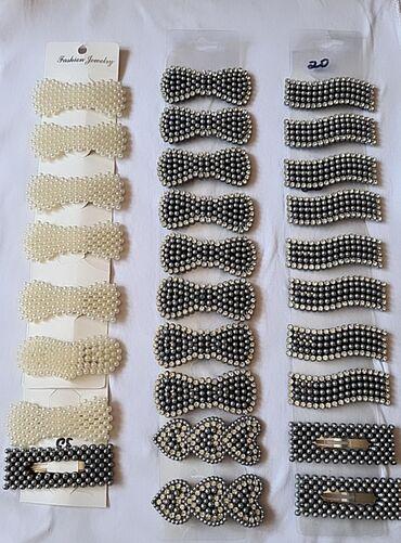 Украшения - Ош: Заколки:Белые - 30сЧёрные -25 сФиолетовые, синие и черные - 15с (1