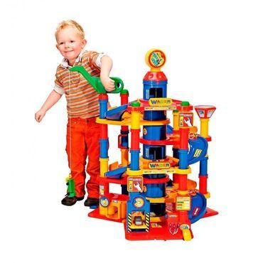 Детский мир - Кара-Балта: Детская парковка