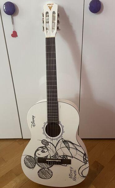 gitara satilir в Азербайджан: Gitara. Tezedir. Hamisi bir yerde satilir