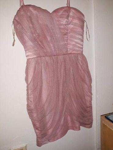 Haljine je veoma lepa,svecana,markirana,roze boje,nova je.. - Vranje