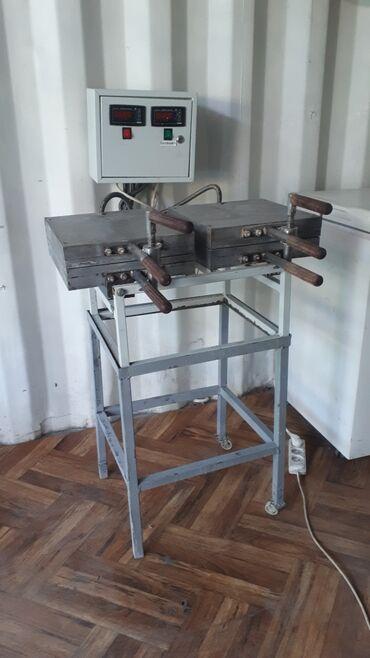 Печь 2-позиционная для выпечки орешков.производительность 10кг час
