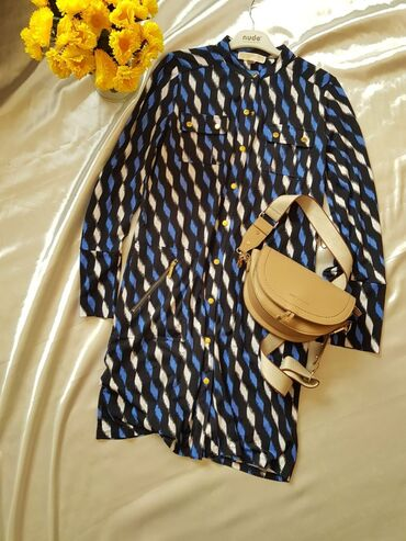 Повседневное платье с кнопочкамис ремнем Длина по колено Размер S-M