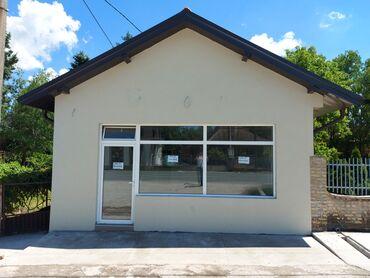 Nekretnine - Srbija: Poslovni prostor od 70m² za izdavanje u Obrenovcu, u samom centru sela