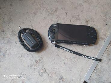 www psp в Кыргызстан: Sony PSP 3008В идеальном состоянии.Имеется доп.флешка на 8гб.Есть