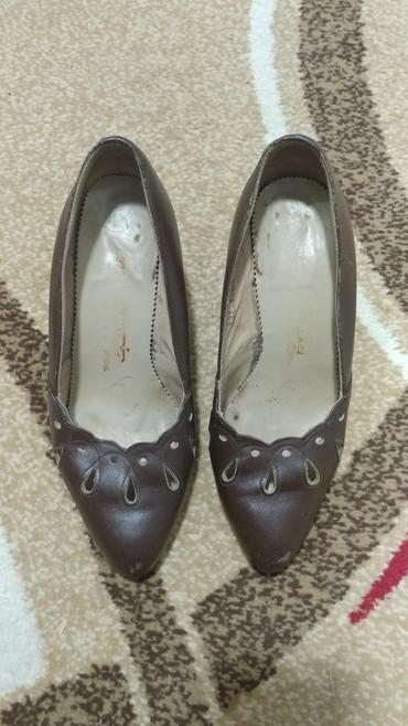 Ženske Sandale i Japanke - Bor: Zenske kozne cipele, nosene,ocuvane,nepotrebne, br 37