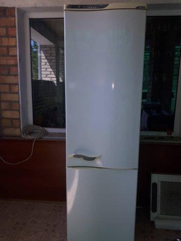 Продаю холодильник *Атлант*, двух в Лебединовка