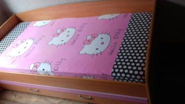 Dva decija kreveta sa dodatnim fiokama krevet skroz malo korisceno - Novi Pazar