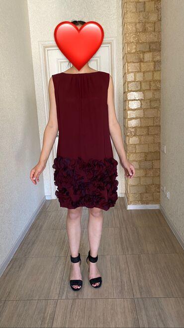 Платье фирмы LDA, Италия. Ни разу не одевала, но без этикетки. Размер