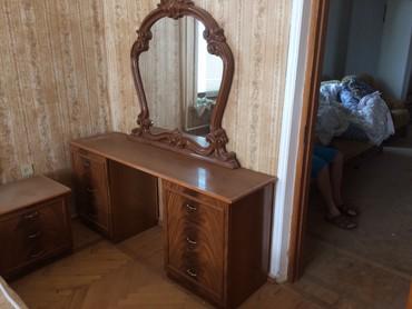 шкаф в гостинную в Азербайджан: Спальная комната . Турция.Шкаф,кровать с матрасом,тремо,2 тумбочки.В