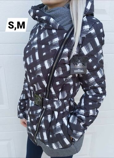 Novo stanje zenskih jaknica po super ceniVelicine ispisane na