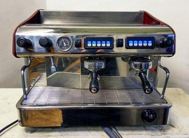 кофемашина автомат saeco в Кыргызстан: Профессиональная кофемашина Expobar.  Идеальнейшее состояние.  Отлич