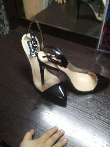 Женская обувь в Токмак: Новые! Размер не подошёл