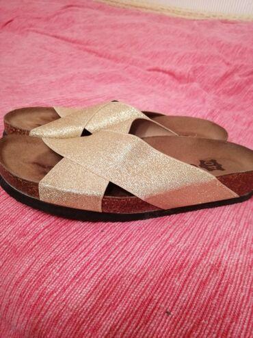 Grubin - Srbija: Grubin papuce - zlatne boje. broj 40. Obuvene 2 puta jer su mi male
