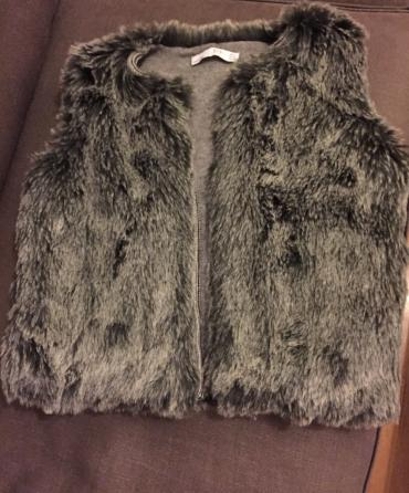 Zara - Ελλαδα: Zara women's winter faux fur vest. New. Size medium
