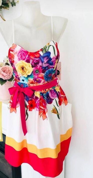 Nova haljina  Univerzalna