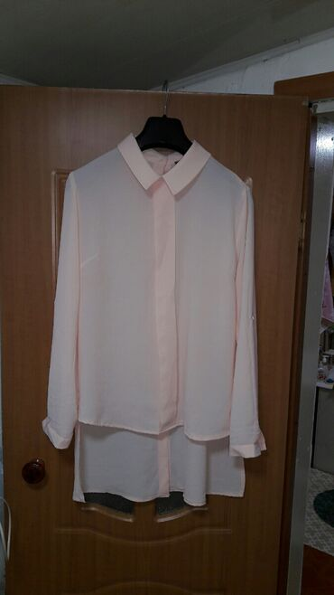 Новая блузка Турция рукава собираются на пуговицу, цвет