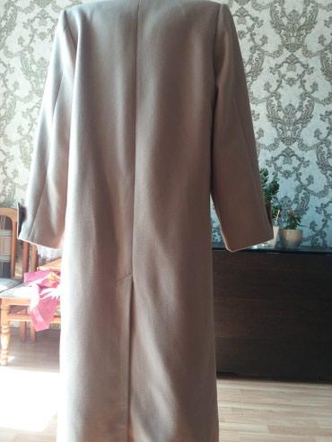 Пальто новое заказывала пока сшили похудела.хорошо на 48-50 в Бишкек