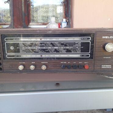 Gramofon - Srbija: Stari radio,gramofon i foto aparat sve za jednu cenu