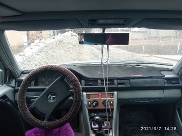 Mercedes-Benz 230 2.3 л. 1987 | 12345678 км