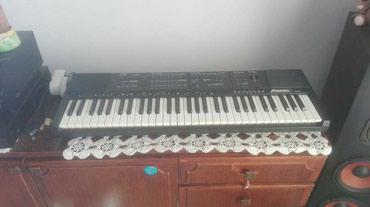Prodajem klavijaturu FARFISA tk90,istorijski model Farfise...ocuvan i - Belgrade