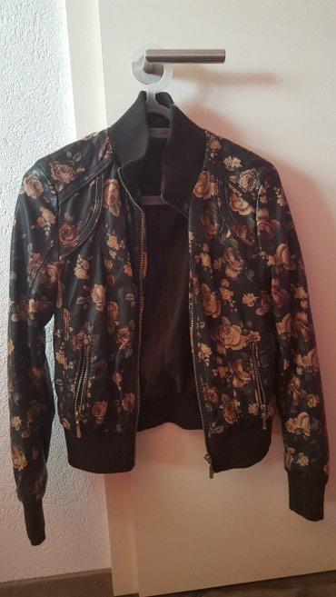Nova jakna .S..M..dogovor.. prvo uplata..ili mogu poslati ali da mi - Yverdon-les-Bains