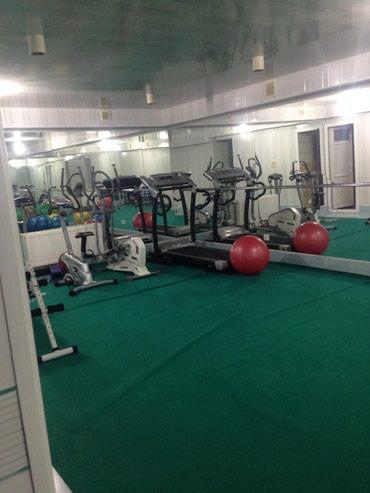 idman zali - Azərbaycan: 8 mkr ela temirli weraitli fitness/idman zali icareye 100m2 butun