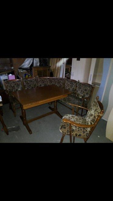 Ugaona garnitura 1. 60m x 1. 60m sa stolicom i stolom koji se razvlaci - Cacak
