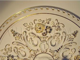 деревянный фасад в Азербайджан: Покрытие сусальным золотом и поталью.Покрытие сусальным золотом и