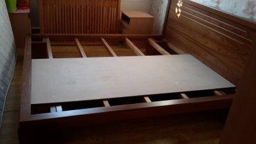 Двуспальная деревянная кровать  из в Бишкек
