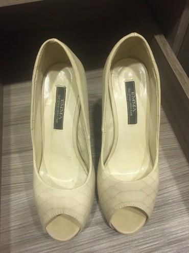 размер 37 маломерки в Кыргызстан: Женские туфли Christian Louboutin 37