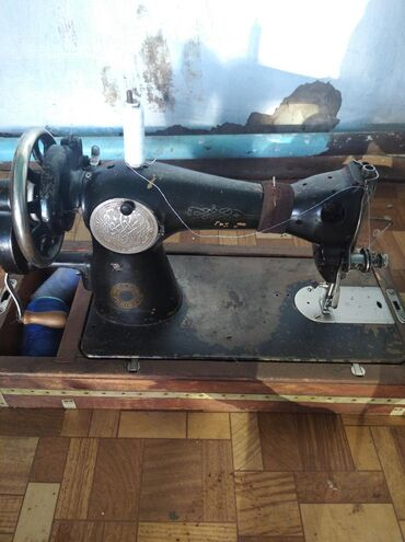 Электроника - Тынчтык: Швейная машина механическая