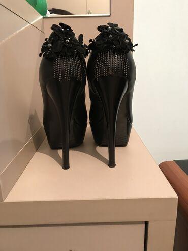Личные вещи - Юрьевка: Продаю туфли от Ассоль Молдокматовой за 500 с