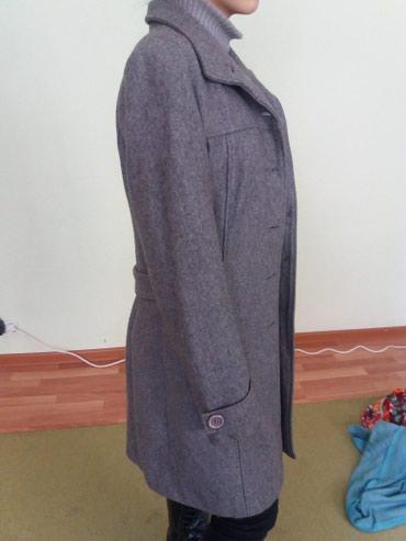 Деми пальто - 400 сом, размер 44 в Бишкек