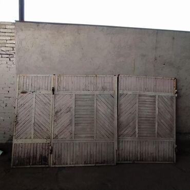 Продаю ворота Б/У, деревянные в железном каркасе