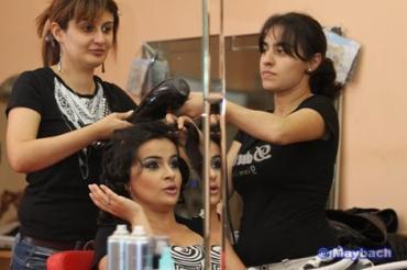 vizajist - Azərbaycan: GOZELLIK SALONUNA ISCILER TELEB OLUNUR. ( SAC,QAS,DIRNAQ,VIZAJIST, VE