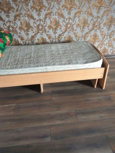 кровать с матрасом очень хорошем состоянии 2 шт. в Бишкек