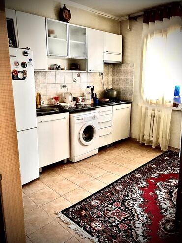 квартиры гостиничного типа в бишкеке в Кыргызстан: Сдается квартира: 2 комнаты, 65 кв. м, Бишкек