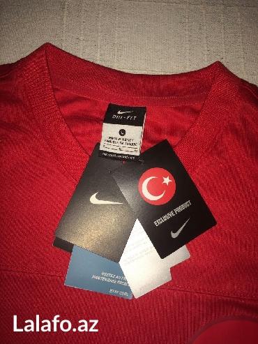 Bakı şəhərində Original Nike futbolka.Made in Türkiyə. Razmer L.